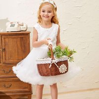 Girl's Dresses Flower Girls Dress Bow Illusion Sleeveless Embroidery Lace Tulle O-Neck Knee-Length Luxury White Kids Party Princess Gown F11
