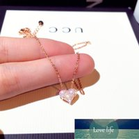 Luxury Bling AAA Zircon Love Heart Shape Necklace High Quality Exquisite Feminia Women Choker Wedding Bridal Jewelry Pendant Factory price expert design Quality