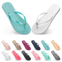 seventy four Slippers Beach shoes Flip Flops womens green ye...