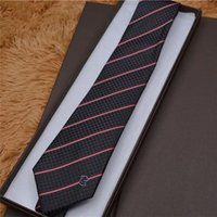 Gravata 100% Seda Bordado Stripe Padrão Classic Laço Marca Homens Casuais Casual Gravatas Caixa de Presente Embalagem