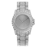 Top Sale Mens Klockor Iced Out Quartz Rörelse Alla Diamond Watch Casual Dress Armbandsur Livsstil Vattentät klocka för älskare Analog Montre de Luxe