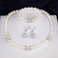 2021 Högkvalitativ krämglas halsband Pearl och Disco Rhinestone Ball Kvinnor Bröllop Bröllop Smycken Sets