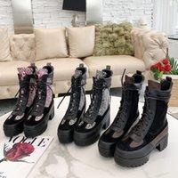 Дизайнерские женские лауреаты Boots Brand Flamingos Love Arrow Medal Martin Boot зимняя кожаная кожаная кожаная каблука обувь пустыня