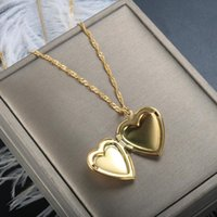 Pendant Necklaces ZMFashion Heart Shaped Po Frame Necklace Love Charm Stainless Steel Locket Women Men Memorial Jewelry
