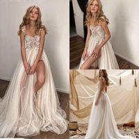 2021 Elegant Glamorous Wedding Gowns A Line Tulle Lace Volie Spaghetti Straps Sweep Train Ruffles Sleeveless Bridal Dresses Side Split Robe De Mariée