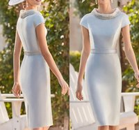 Elegant Sky Blue Satin Mother of the Bride Dress 2022 Jewel Neck Knee Length Beads Pearls Bridal Party Gown Robe De Soiree