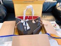 5A + 오버 사이즈 토트 백 여성 LuxUrs 디자이너 가방 2021 패션 클러치 특허 가죽 핸드백 모조 브랜드 클래식 디자이너 어깨 지갑 더플 지갑