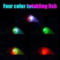 인공 지그 wobblers 크랭크 바이트 낚시 8cm LED 미니 미끼 고음 고리 후크 스틸 볼 수영자 태클 액세서리