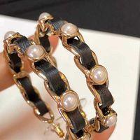 Design de couro e brinco de gancho de pérola para mulheres presente de jóias de casamento PS3076