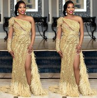 2021 Plus Size Arabic Aso Ebi Gold Luuxurious Sexy Prom Dresses Lace Beaded Feather High Split Evening Formal Party Second Reception Gowns Dress