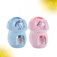 Distributeurs de dentifrice de dentifrice de 2 pcs sans perfectionnement d'extrudeuse automatique Squeeze de dessin animé pour enfants accessoires de bain enfants