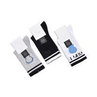 Carta de calcetines de dibujos animados para mujer Calcetines de deportes casuales suave cómodo algodón Hosiery Fitness Yoga No resbalón Hosieries