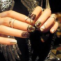 FAUX Nails 24pcs Style de magazine Terminé Nail Art Patch Japonais Glitter Chain Design Faux conseil Potherapy avec colle WD