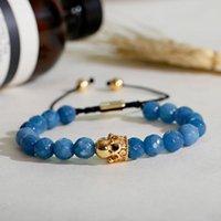 Moda de hombre azul Pulsera de taladrón de piedra natural Color de oro Forma de corona con incrustaciones de cobre ajustable con decoración de circón con cuentas, hebras