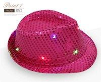 Noel partisi için kovboy kapağı sahne! Moda sequins caz şapkaları ile led ışık üst şapkalar erkekler kadınlar için sequins performans