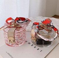 عيد الميلاد الفتيات الحرير والأوشحة الحرير الدائري حقائب فاخرة شفافة الاكريليك دائري مربع حقيبة للنساء الكرتون إلكتروني مطبوعة أكياس مستحضرات التجميل Q2474