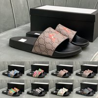 [With Box] Donne preferenziali Donne Diavolo Scivola Summer Pantofole Spiaggia Sandali Indoor Casa Casa Flip flop Spike Sandalo Top Quality Taglia EUR 38-44