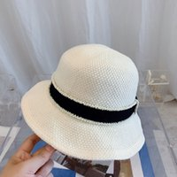 Luxurys designers bucket hat of fashion simple and light wide edge versatile mens and womens beach sunscreen good-looking sun hats 4 colors
