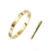 الفاخرة مصمم مجوهرات الرجال أساور المقاوم للصدأ 18 كيلو الذهب امرأة الإسورة سلاسل الأزياء الحب سوار القلب قفل للنساء