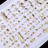 50 teile / los Mode Band Einfache Hohl Gold Silber Edelstahl Blumen Krone Liebe Ringe Für Männer Frauen Party Geschenk Schmuck Mix Stil Großhandel