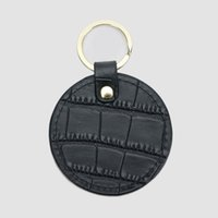 Free monogrammed customed initials letters embossed crocodile leather unisex round shape keychain car key ring key wallet
