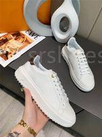 Luxurys Designer Time Out Sneaker Flor em relevo baixo top sapatos casuais Mulheres de borracha de borracha sola de couro genuíno treinadores clássicos