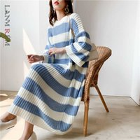 Lanmrem Stripe Crupe Col Pull Sweater Femmes Automne Hiver Loeur De grande taille Vintage Vintage Robe à tricoter Femme PC442 210601