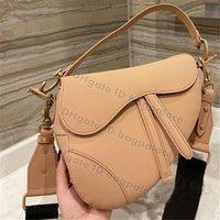 Alta Qualidade 2021 Luxurys Designers Bags Saddle Bag Ombro Bolsa Mensageiro Mensageiro Moda Moda Bolsas Metálicas Classic Crossbody Butters BagPalace