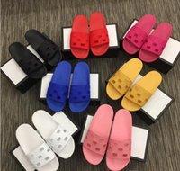 2021 zapatillas de diseñador hombres mujeres sandalias de moda zapatos de playa plana antideslizante clásico deslizadora con caja de caja 35-46