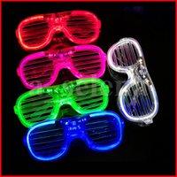 LED 가벼운 파티 장식 유리 플라스틱 글로우 안경 아이들을위한 장난감을 위해 빛을 축하합니다 네온 쇼 크리스마스 장식