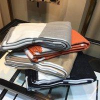 Couvertures de canapé à domicile épais de haute qualité Vente chaude orange noir rouge gris bleu marine grande taille bonne bande de caillette couverture laine