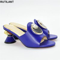Dress Shoes 2021 Elegant Style Nigerian Women In Blue Color Comfortable Heels Decorate With Rhinestone For Wedding Party African Pumps
