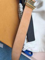 Fashion Best Quality Brand Small Width Genuine Leather Women Belt Belt with Box Men Designer Cinture classiche Lettera marrone con fibbia in oro Bel Jly