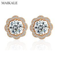 Stud MAIKALE Fashion Design Round Triangle Flower Earrings For Women Paved Zirconia Gold Small Earings Exquisite Jewelry Gifts