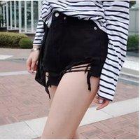 Stile jeans stile alla moda e versatile, nappa perforata, ee raw, pantaloncini in denim a vita alta, gamba larga sottile da donna