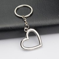 Metal Heart Shaped Keychains Car keychains Metal Keyrings Novelty Zinc Alloy Lovers Festive Party Favors Ornaments HHE6637
