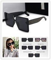 Soleil de concepteur Bonne vente Femmes Lunettes de soleil Femmes Square Style d'été Pleine Cadre de qualité supérieure Protection UV Protection UV Verres viennent avec une boîte