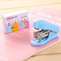 Mini Kawaii school office book stitching machine staples novelty green blue pink stapler book sewer set with blister packing
