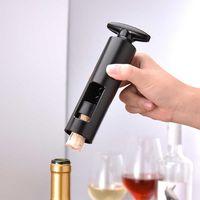 Strumento di bottiglia manuale del vino rosso Strumento della cucina Sparkling Wine Simple Opener Apriscatole Seahorse Knife Black Bottle Corkscrew Apri tappi 211023