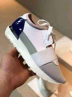 2020 Adı Marka Orijinal Kutusu Ayakkabı Adam Rahat Yarış Runner Ayakkabı Kadın Rahat Sivri Burun Düşük Kesim Yeni Renk Örgü Eğitmen Ayakkabı Boyutu 35-46
