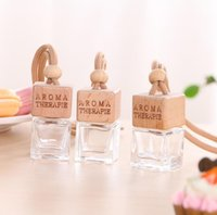 Hanging decoration Exquisite car perfume bottle glass material essential oil aromatherapy bottles cars accessories SN2295