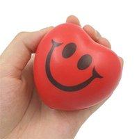 Vermelho sorrindo rosto pu amor pressão desanexar decompressão artefato pêssego coração aperto bola brinquedo