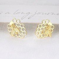 الجمالية لطيف أقراط للنساء النحل العسل ثقب القرم المصوغات هدية عيد الميلاد بالجملة الأزياء والمجوهرات E212