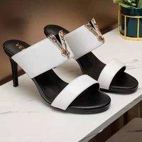 Sandalet kadın lüks tasarımcılar terlik deri düğme highin topuk rahat metal bir çizgi yaz ayakkabı