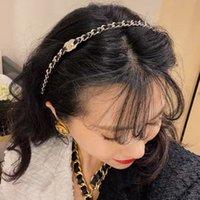 2021New Style C Bandeau Cautrice de la chaîne rétro Femme Perforant Bandeau d'or Léger Internet Célébrité Xiaoxiang coiffe Chen Tai