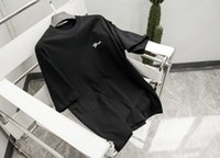 21ss hombres impresos t shirts Paris clip letras impresión ropa de manga corta camisa para hombre etiqueta letra negro blanco