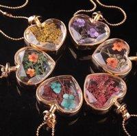 Forme de coeur Lampework Verre Pendentifs Aromathérapie Pendentif Colliers Bijoux Fleurs Dry Flowers Perfume Flacon Bouteilles2955