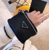 Yüksek kaliteli tasarımcılar çantalar naylon mini cüzdan moda su geçirmez bilezik bumbag kol çanta bayan lüks harfler çanta küçük para cüzdan bilek çanta