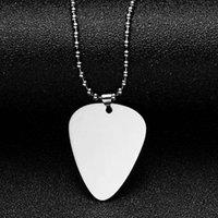 10 adet / grup Boş Gitar Seçim Şekli Kolye Paslanmaz Çelik Ayna Lehçe Erkekler Kadınlar Kolye DIY Oyulmuş Kolye Anahtarlıklar Için