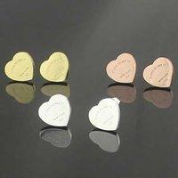 Fashion Titanium Steel Gold- Color Heart Pendientes Pendientes Para Mujeres Simple Love Tricolor Selección